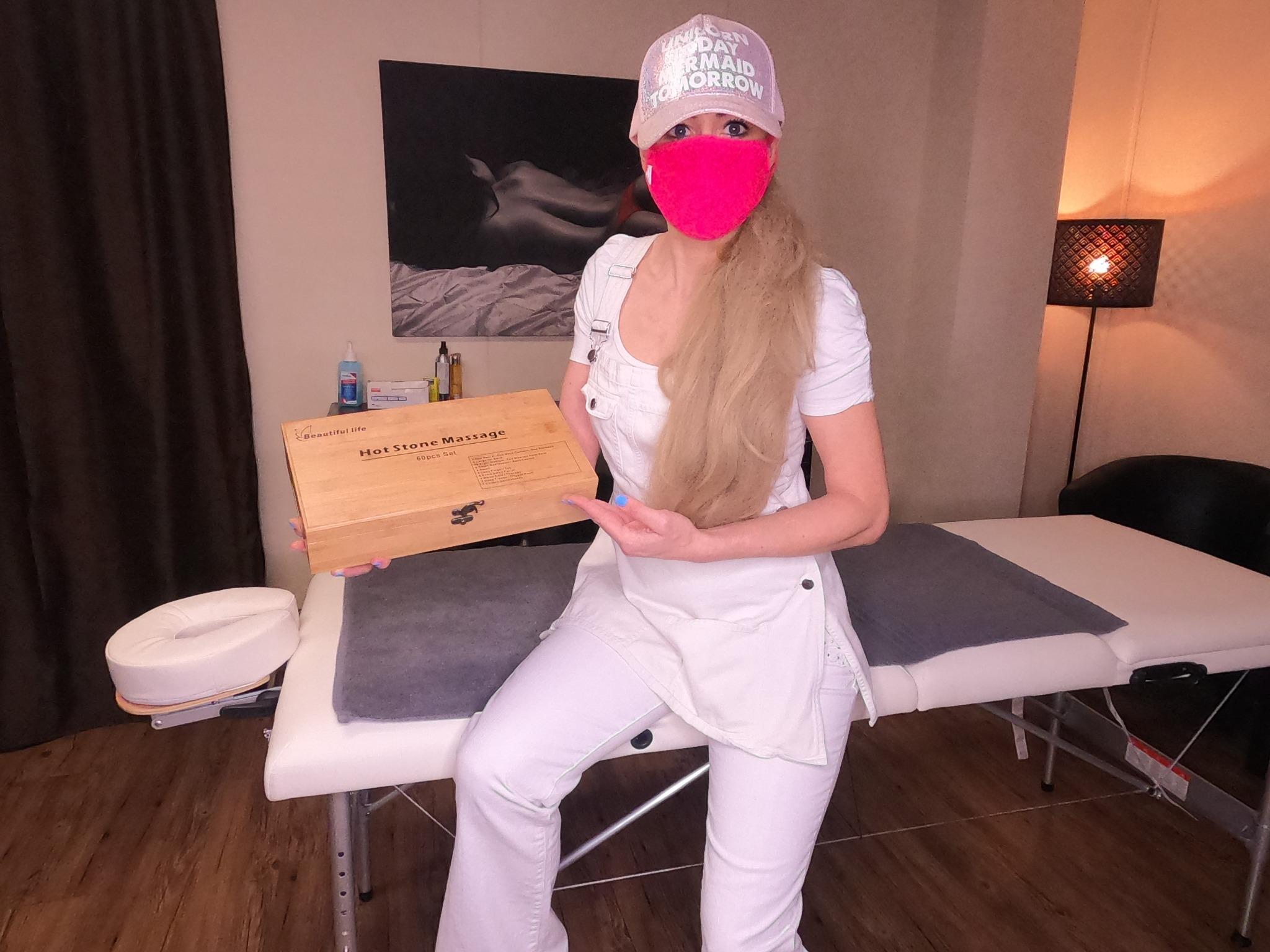Massage Schweizerin Mia